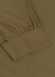 Maxikleid im minimalistischen Stil