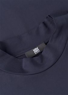 Halbarmshirt im Glanz-Design